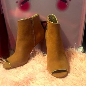 NWOT Michael Kors Suede Open-Toe Ankle Boot